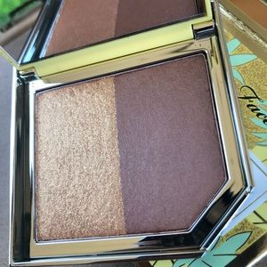 Too Faced Pineapple Paradise Bronzer & Highlighter